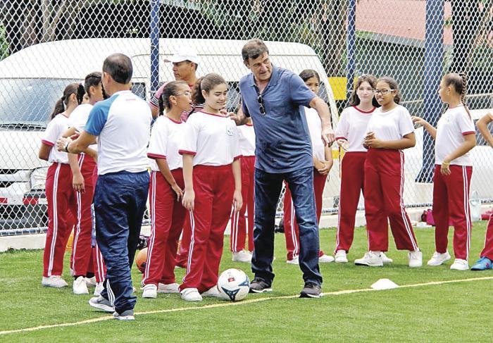 Mario_Kempes__No_anoro_el_futbol_ya_hice_lo_que_tenia_que_hacer-1