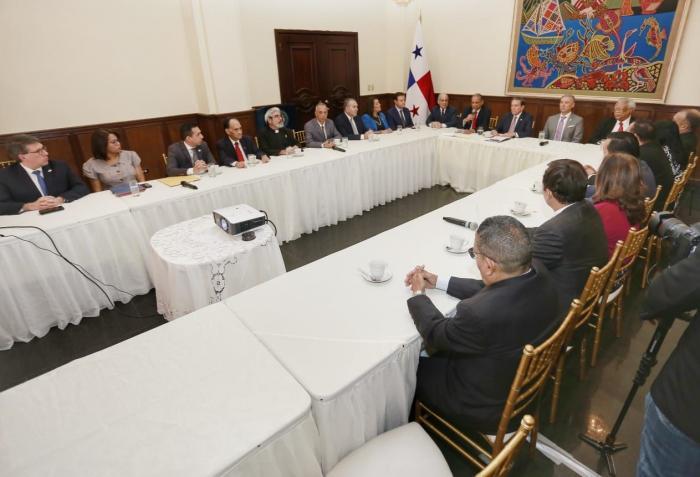 Comisión Evaluadora con el presidente Cortizo