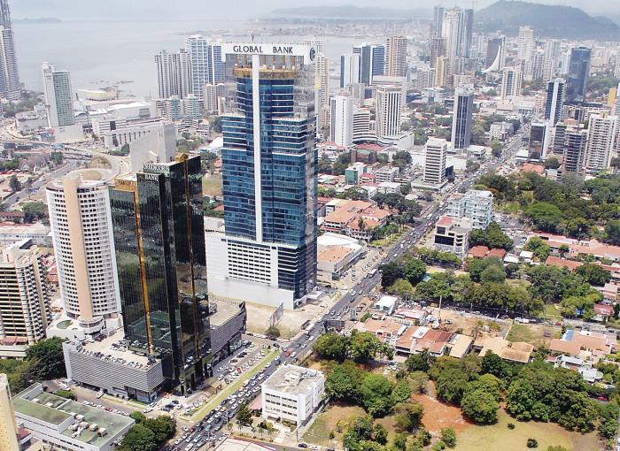 Cortizo llama a recuperar la economía panameña
