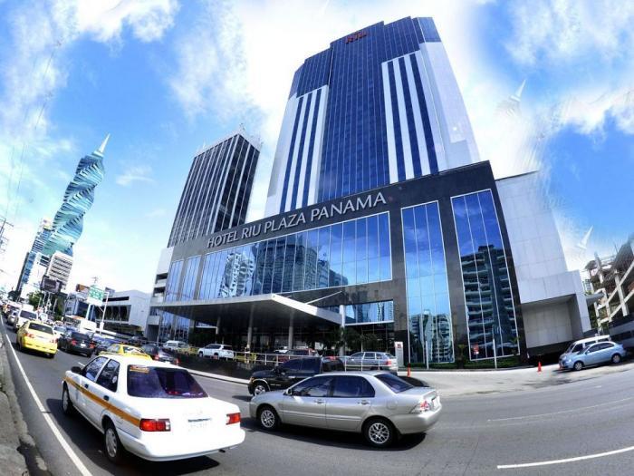 Hoteles RIU en Panamá reciben Travelife Gold Award