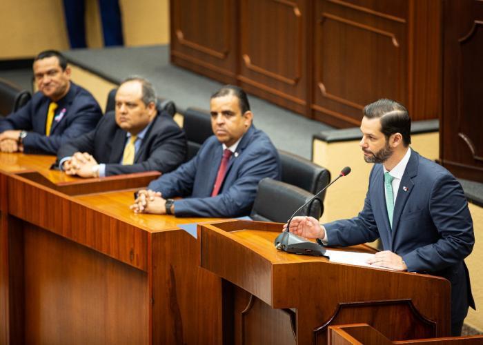 Ministro de Comercio e Industrias, Ramón Arosemena