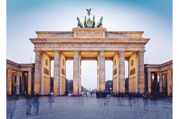 La_caida_del_muro_de_Berlin_una_inflexion_en_la_historia_alemana-1