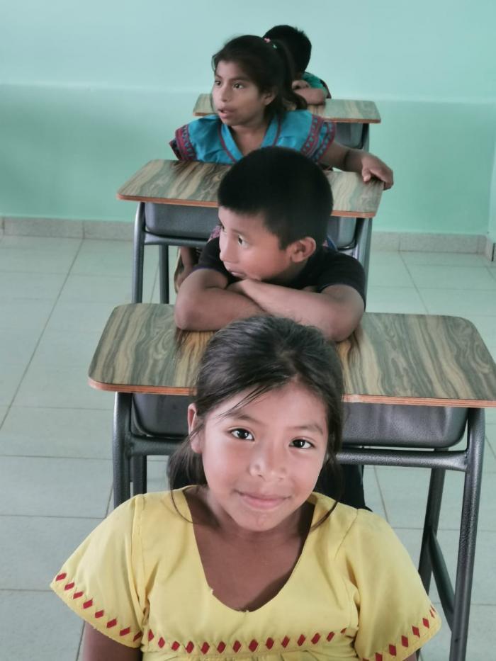Niños y niñas de la comarca Ngäbe Buglé