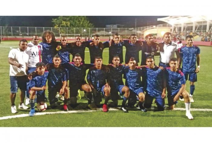 Filipenses 4_13 campeon en Bocas del Toro 0