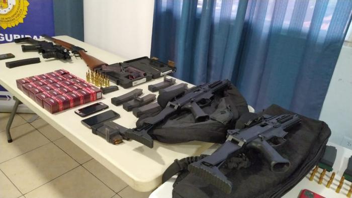 os allanamientos ocurrieron en las residencias de altos funcionarios del gobierno de Juan Carlos Varela y de Ricardo Martinelli,