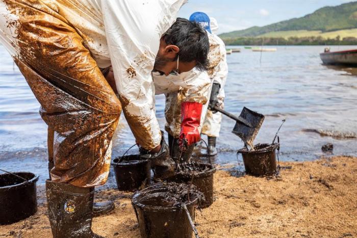 El desastre no es solo natural, sino también económico, en una zona en la que cientos de familias viven de la pesca y el turismo