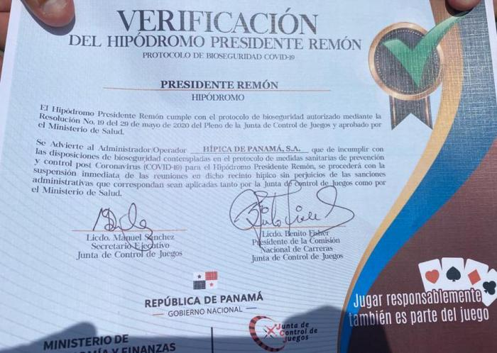 Certificación de reapertura del Hipódromo Presidente Remón.