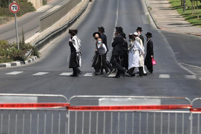 Judíos confinados en pleno año nuevo