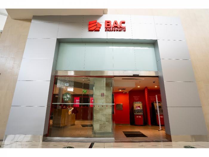 Fachada Sucursal Innovadora - BAC Credomatic Mall Multiplaza