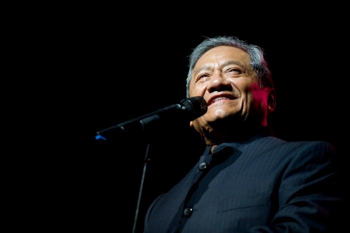 Muere por la covid-19 el cantautor mexicano Armando Manzanero.