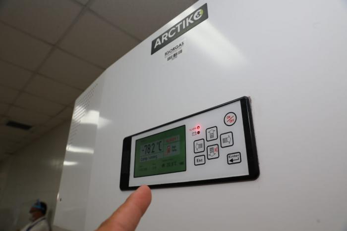 Congeladores con ultrabaja temperatura para vacuna Pfizer