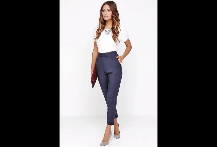 El vestuario femenino para una entrevista laboral 0