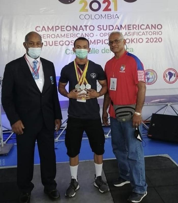 Gustavo Doyle (67kg) (c)
