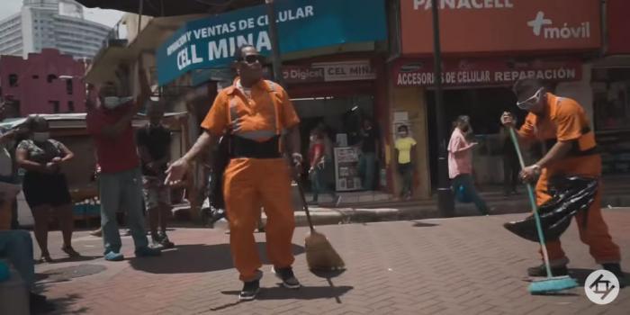"El Barrendero"", videoclip de Japanese filmado en la Peatonal."