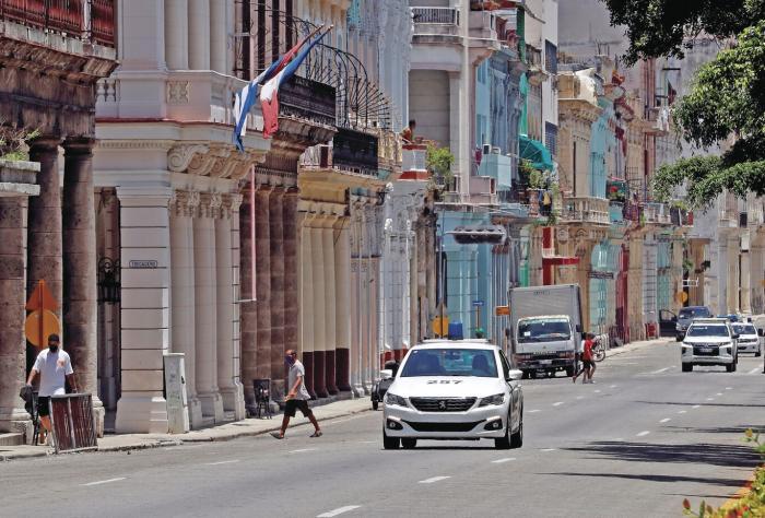 Cuba, en una 'tensa calma' tras las protestas y aún sin internet