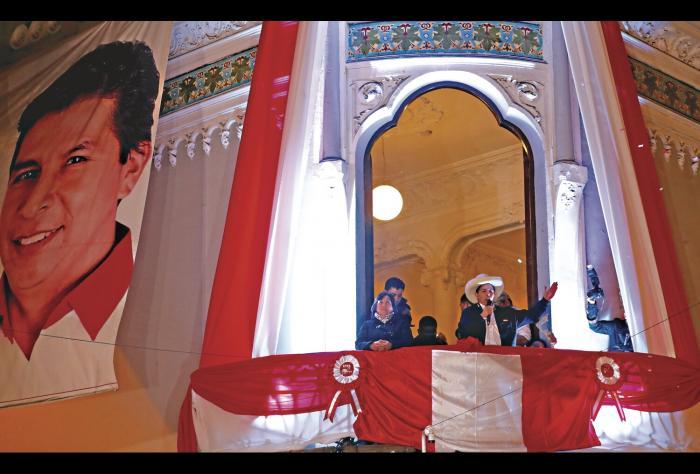 Castillo, el maestro presidente del Perú que desafía a las élites