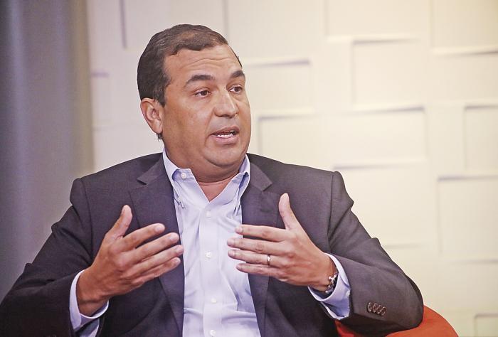 Héctor Ortega: 'Si logramos cobrar $1, no debería ser subsidiado el costo de la Línea 3 del Metro'