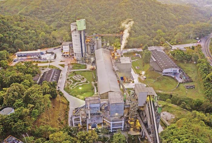 Reutilizar el agua, modelo de economía circular en la fabricación del cemento