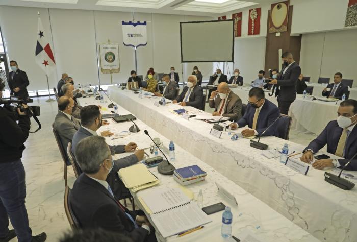 TE y Asamblea logran consenso en seis puntos de las modificaciones al proyecto de ley del Código Electoral