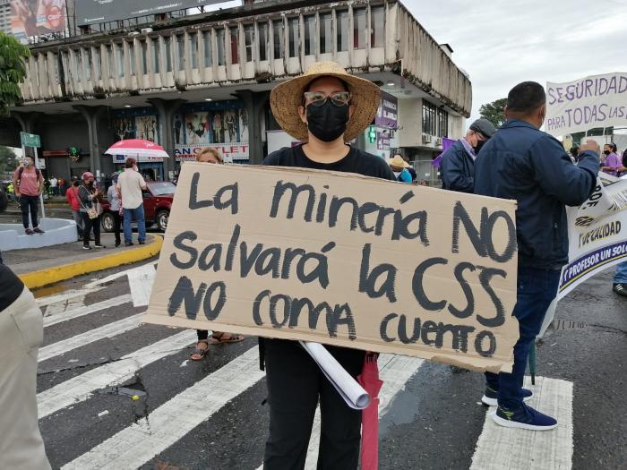 Protesta de los sectores populares en la 5 de mayo