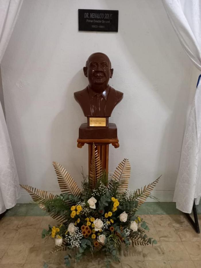 Rinden homenaje a fundadores del INA