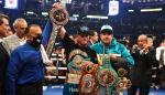 """Saúl """"Canelo"""" Álvarez celebra su victoria contra el británico Billy Joe Saunders en el estadio AT&T en Arlington, Texas"""