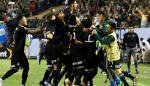 México derrotó a EEUU por la mínima diferencia y alzó su octava Copa Oro