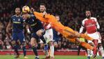 El Arsenal no se deja sorprender por el Blakcpool y pasa de ronda