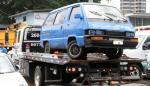 Municipio mantiene operativo para remover de las calles autos dañados