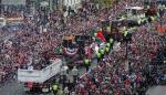 Cora lidera desfile multitudinario de Medias Rojas en celebración del título