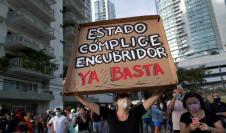iudadanos protestan frente a la sede de la Secretaría Nacional de Niñez, Adolescencia y Familia (Senniaf), contra los casos de abuso a menores ocurridos en albergues de dicha institución
