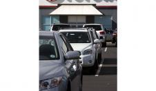 En enero, venta de autos nuevos cayó 3.5%