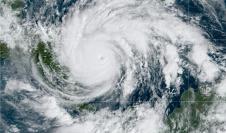 El huracán Iota adquiere la categoría 5 mientras se aproxima a Centroamérica