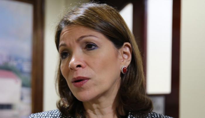 Ana Matilde Gómez asegura que no fue consultada sobre el bono de 25 mil