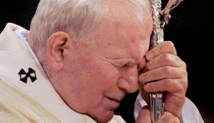 Polonia recuerda a Juan Pablo II tras su desaparición física