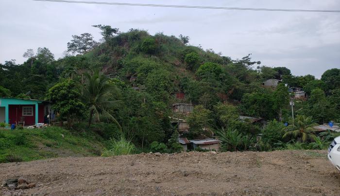Derrumbe de tierra en Villa Maria