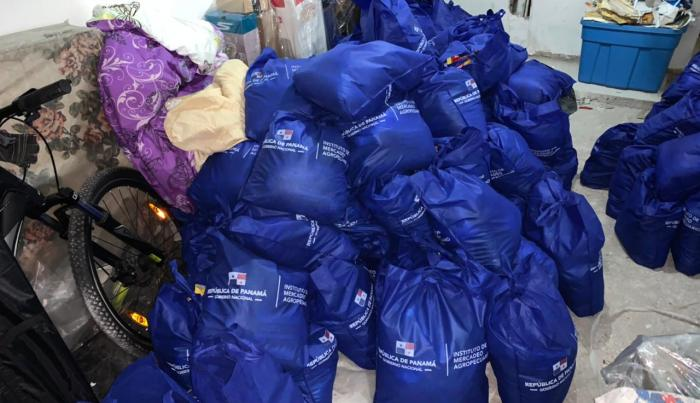 Bolsas de comida de Panamá Solidario
