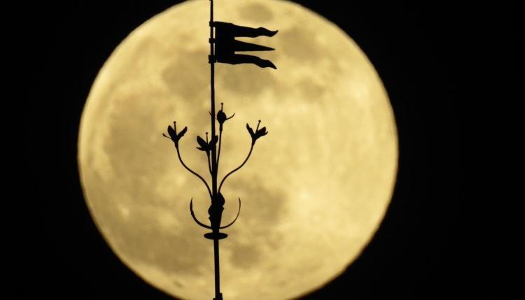 Superluna de abril