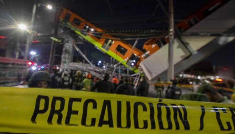 Desplome de tramo elevado en Metro de Ciudad de México