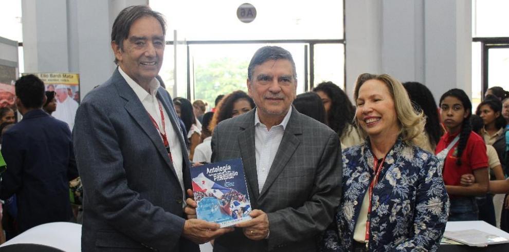 Senacyt presenta la obra 'Antología del Pensamiento Crítico Panameño Contemporáneo'