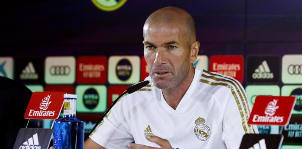 El técnico francés del Real Madrid, Zinedine Zidane