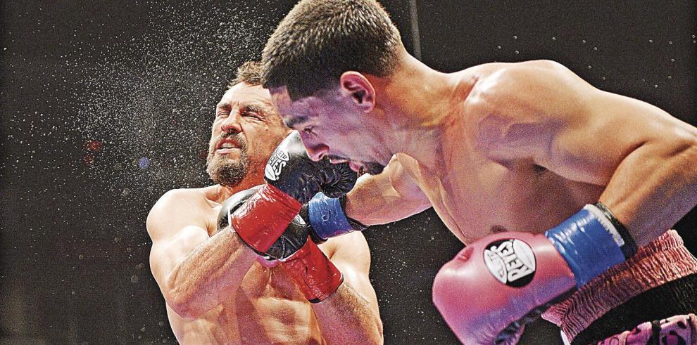 Spence_Jr_vs._Shawn_Porter_pelea_por_el_respeto_y_el_futuro-0