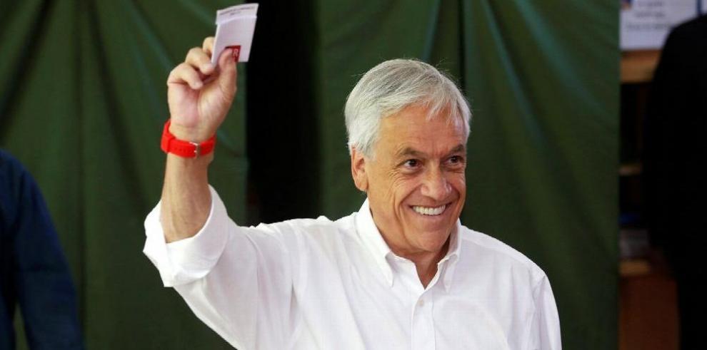 Piñera encabeza la preferencia electoral