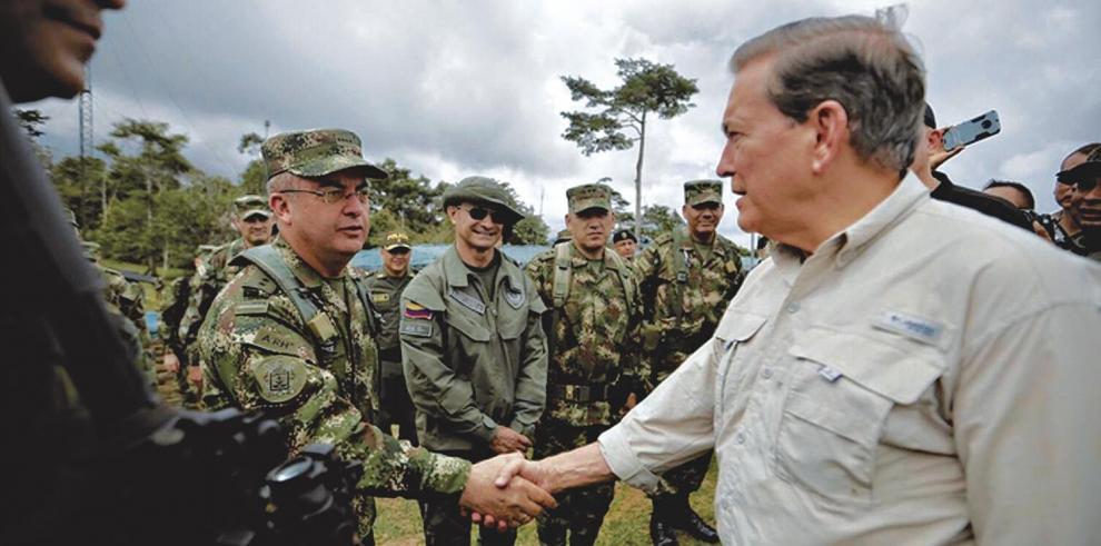 Cortizo_se_reune_con_alto_mando_del_Ejercito_de_Colombia-0