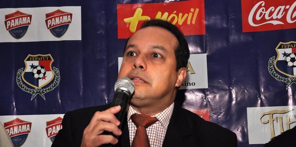Expresidente de la FEPAFUT es vinculado en escándalo FIFA