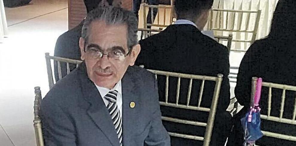 Admiten_querella_criminal_contra_el_rector_Hector_Montemayor-0