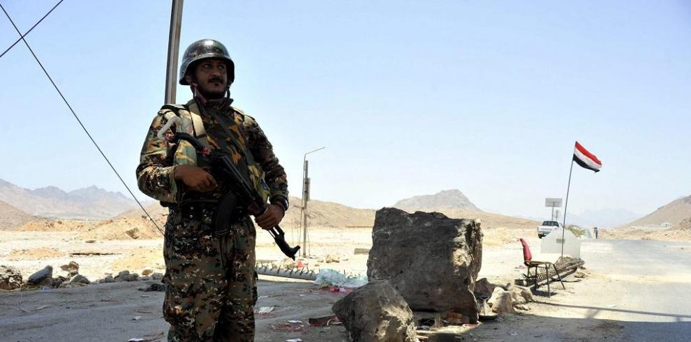 El ejército mata a 37 presuntos militantes de Al Qaida enYemen