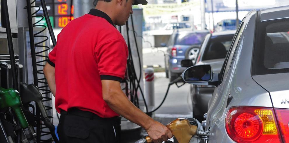 A partir de mañana la gasolina de 95 baja su costo y la de 91 subirá