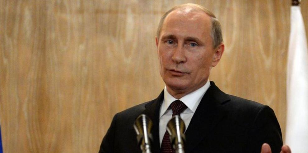 Putin reconoce que Kiev y los separatistas incumplen acuerdos de paz