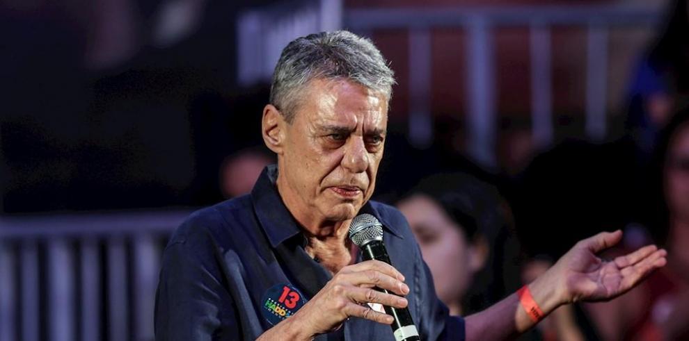 En la imagen, el cantautor y escritor brasileño Chico Buarque.